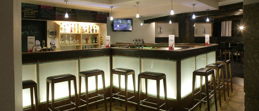 austria_st-christoph_chalet-hotel-st-christoph_bar-area2.jpg